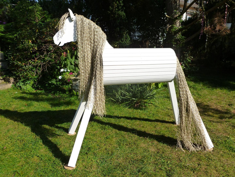 130cm holzpferd weiß mit extra langer mähne/schweif und maul für